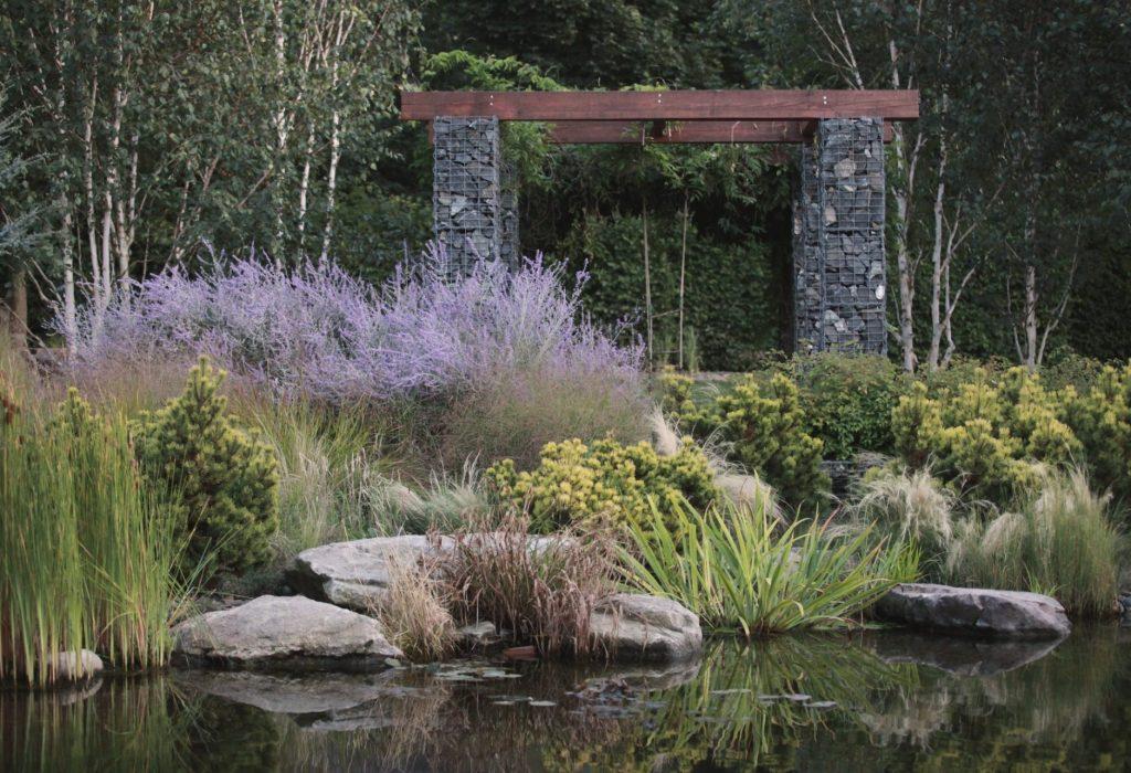zahrada s jezerem5