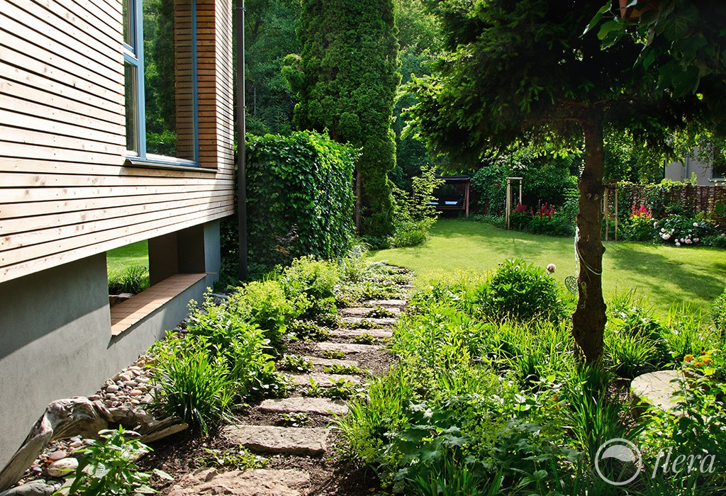 zahrada u potoka3